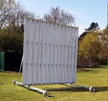 Club Sight Screen